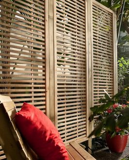 Nowoczesna kratka ogrodowa do tarasów i balkonów w stylu modernistycznym